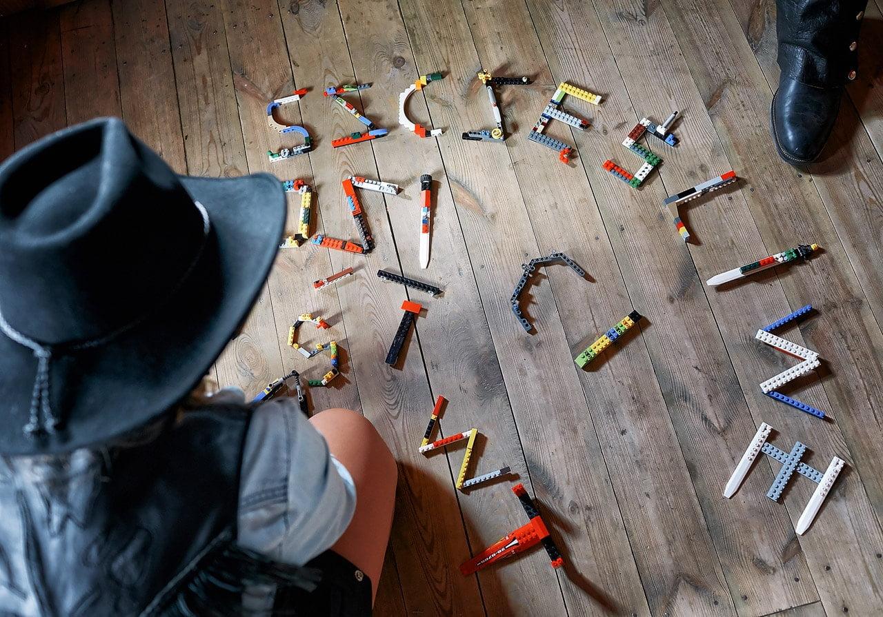 Jak powstawał western, czyli podziękowanie dla rodziców, na wesoło 00383 fotograf znin 10